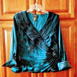Cachet top. Peacok blue. Size 14.